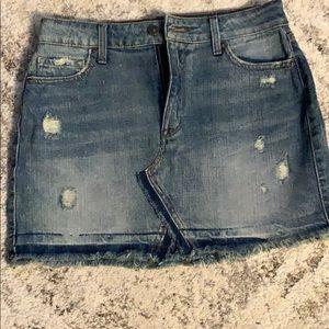 Denim skirt used once, size 8